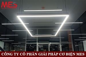 Đèn led thanh treo một mặt chiếu chất lượng cao