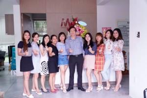 Ngày ngày phụ nữ Việt Nam 20-10