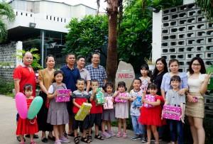Mes Company tặng quà, chung vui cùng các bé nhân dịp tết thiếu nhi 1-6